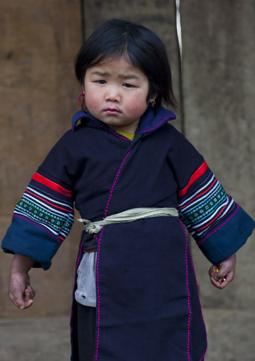 Young black hmong girl in traditional dress, Sapa, Vietnam
