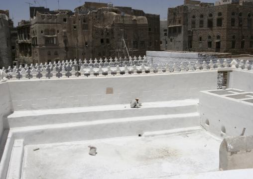 Renovation Of Al Amiriya Mosque In Rada, Yemen