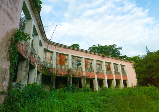 Old abandoned portuguese building, Cuanza Norte, N'dalatando, Angola