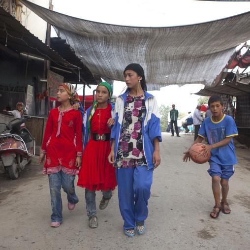 Uyghur Teenagers In Keriya, Xinjiang Uyghur Autonomous Region, China