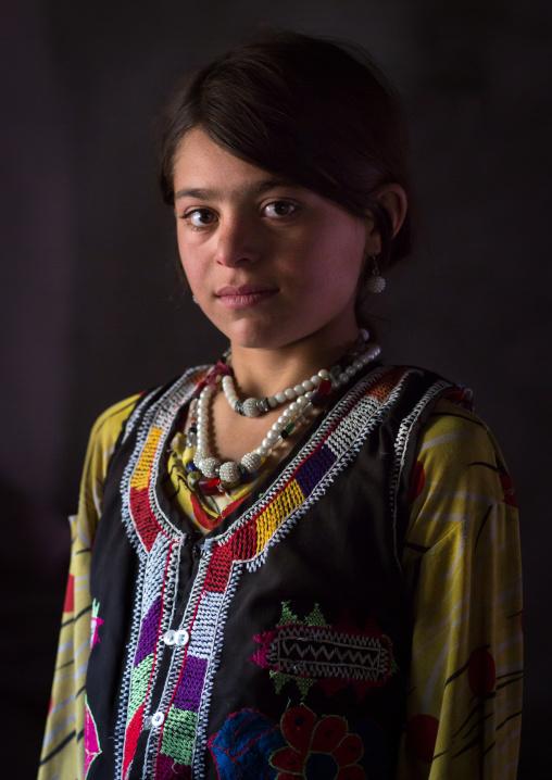 Afghan girl in traditional clothing, Badakhshan province, Wuzed, Afghanistan