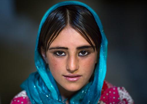 Afghan fteenage girl with nice eyes, Badakhshan province, Khandood, Afghanistan