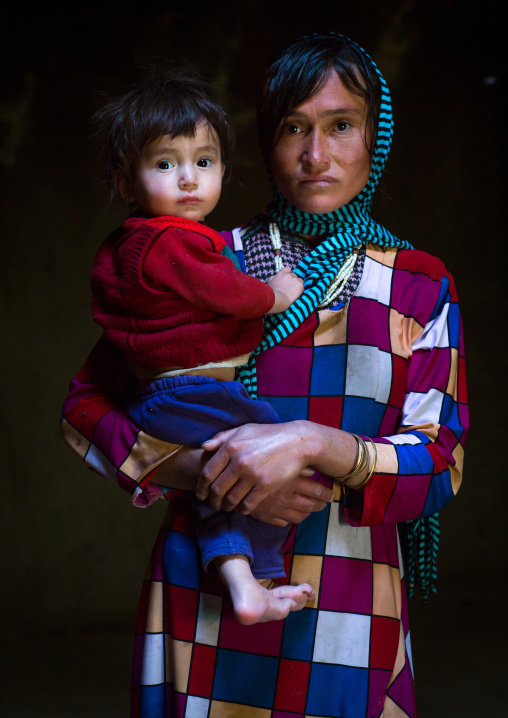 Portrait of an afghan mother with her son, Badakhshan province, Zebak, Afghanistan
