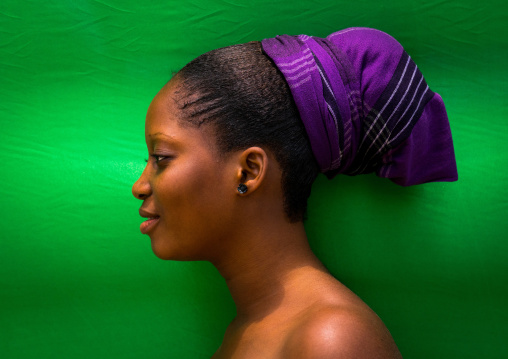 Benin, West Africa, Porto-Novo, profile of a pretty beninese young woman