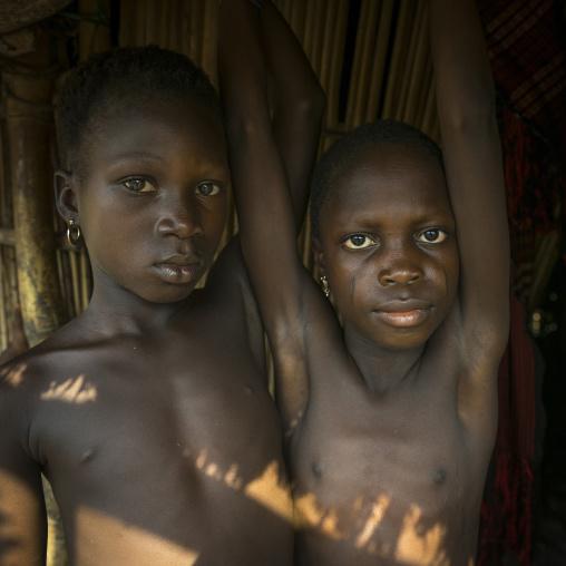 Benin, West Africa, Onigbolo Isaba, holi tribe girls portrait