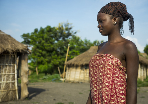 Benin, West Africa, Onigbolo Isaba, holi tribe woman profile