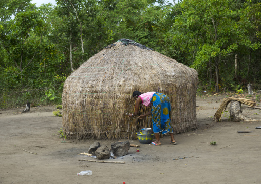 Benin, West Africa, Gossoue, fulani peul woman in front of her hut