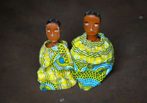Benin, West Africa, Bopa, carved wooden figures made to house the soul of dead twins