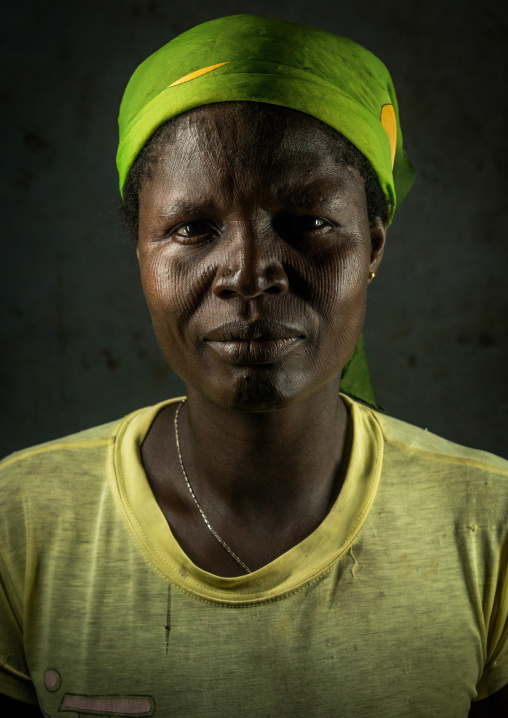 Benin, West Africa, Koussou, a somba tribe woman with her face covered with linear scars