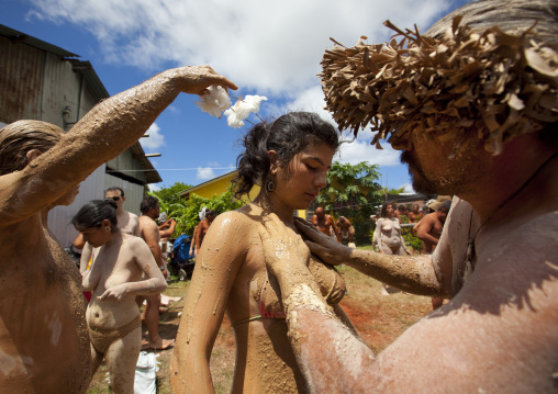 Kiea Body Painting During Tapati Festival, Easter Island, Chile