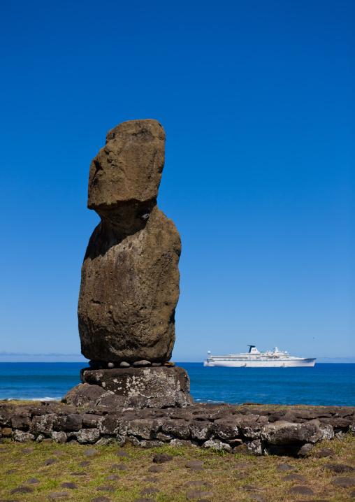 Moai And Cruise Ship In Ahu Tahai, Easter Island, Hanga Roa, Chile