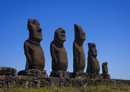 Moais In Ahu Tahai, Easter Island, Hanga Roa, Chile