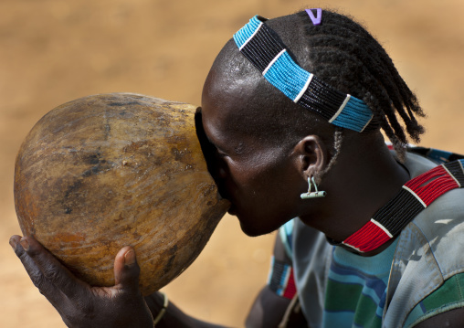 Original Hairstyle Banna Man Drinking Sorghum Beer From A Calabash Omo Valley Ethiopia
