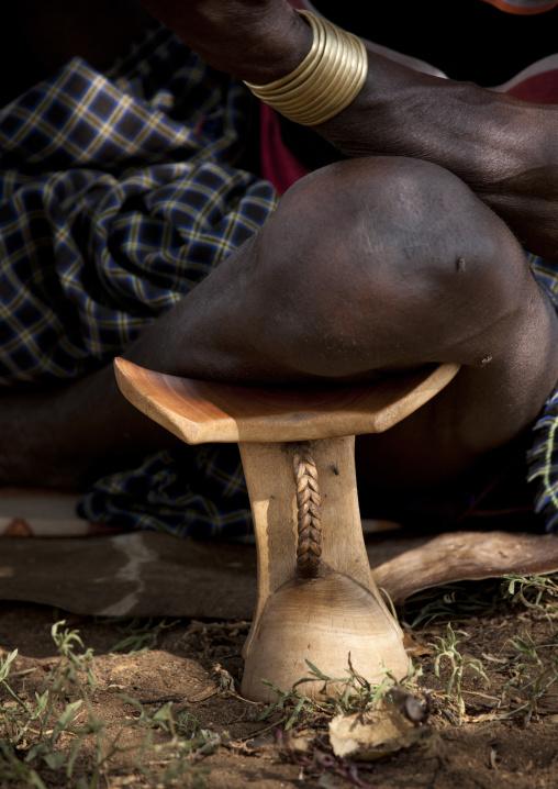Bana Knee On Headrest Ethiopia
