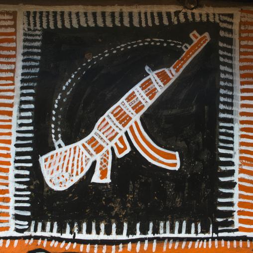 Ethiopia, Kembata, Alaba Kuito, kalashnikov on a painted house