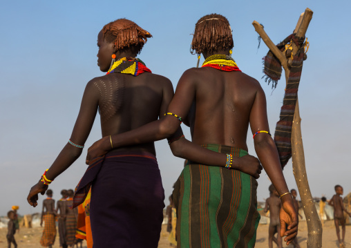 Teenage girls during the Dimi ceremony in Dassanech tribe to celebrate circumcision of teenagers, Turkana County, Omorate, Ethiopia