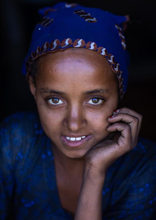 Portrait of a smiling raya tribe girl, Afar Region, Chifra, Ethiopia
