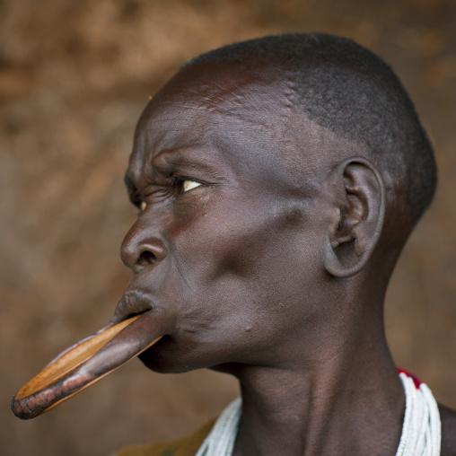 Suri tribe woman with a lip disc, Kibish, Omo valley, Ethiopia