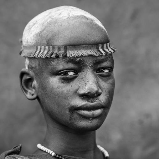 Bodi Tribe Woman With Headband, Hana Mursi, Omo Valley, Ethiopia