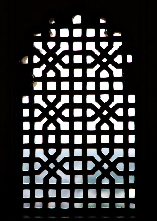 Jali window in the city palace, Rajasthan, Udaipur, India