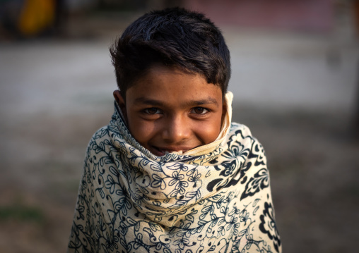 Portrait of a rajasthani boy in the cold, Rajasthan, Baswa, India