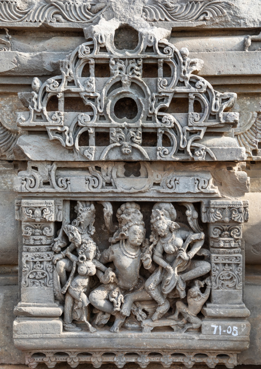 Carved idols on the wall of Harshat Mata temple, Rajasthan, Abhaneri, India