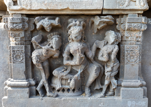 Carved idols with broken faces on the wall of Harshat Mata temple, Rajasthan, Abhaneri, India