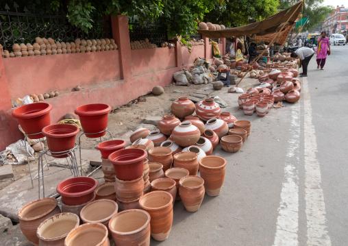 Side shop selling pots, Rajasthan, Bikaner, India