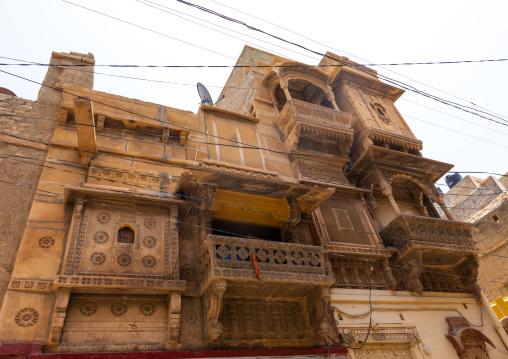 Old haveli balcony, Rajasthan, Jaisalmer, India