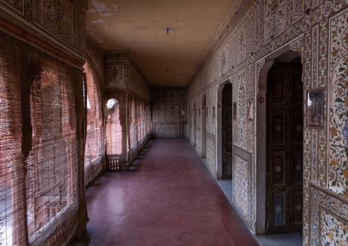 Pillared corridors in Junagarh fort, Rajasthan, Bikaner, India