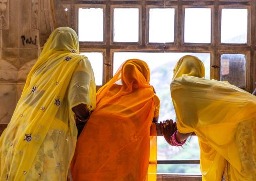 Rajasthani women in sari in Jaigarh fort, Rajasthan, Amer, India
