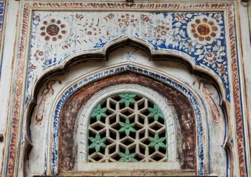 Old historic haveli decoration, Rajasthan, Nawalgarh, India