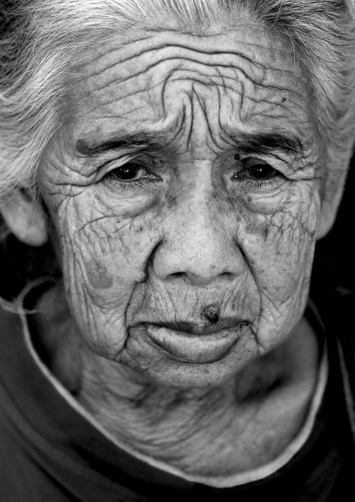 Javanese woman,  Indonesia