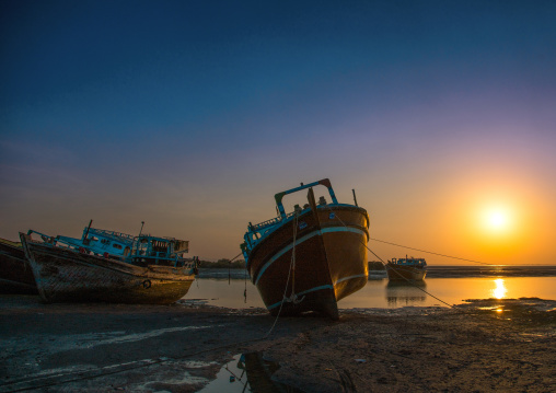 dhow boats at low tide, Qeshm Island, Laft, Iran