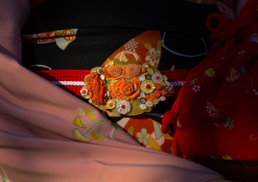 Kimono clasp of a 16 years old maiko called chikasaya, Kansai region, Kyoto, Japan