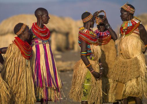 El molo tribe women, Turkana lake, Loiyangalani, Kenya