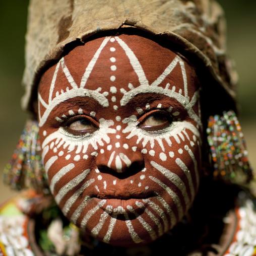 Kikuyu tribe woman with traditional make up, Laikipia County, Thomson waterfalls, Kenya