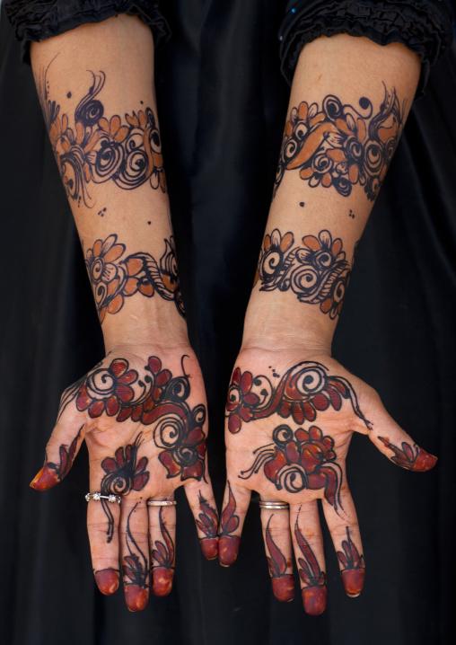 Patterns made with henna on hands, Lamu County, Lamu, Kenya