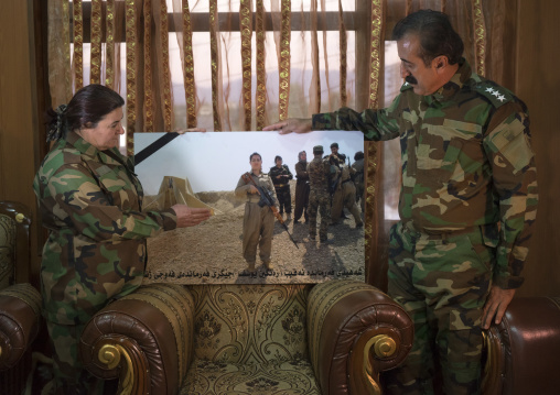 Nasrin Hamalaw AndYousuf Majid With A Picture Of Their Dead Daughter Killed By Daesh, Captain Rangin Yousuf, Sulaymaniyah, Kurdistan, Iraq