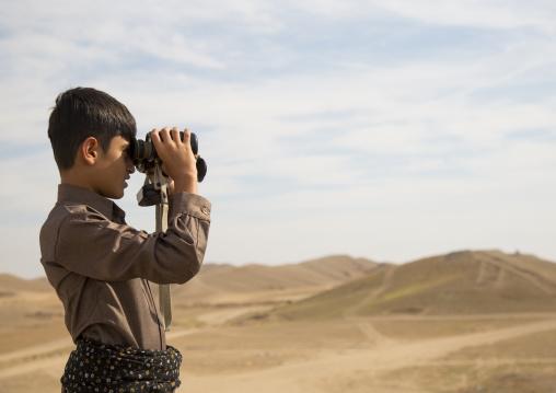 Young Peshmerga On The Frontline, Kirkuk, Kurdistan, Iraq