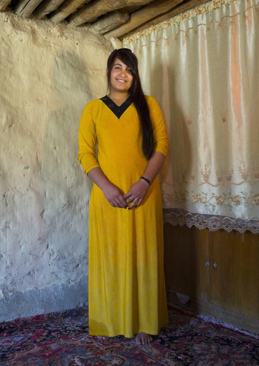 Young Kurdish Woman, Azaban, Kurdistan, Iraq