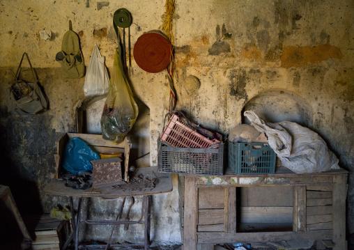 Old Caravanserai Belt Shop, Koya, Kurdistan, Iraq