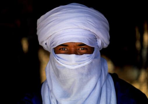 Portrait of a tuareg man in traditional clothing, Tripolitania, Ghadames, Libya
