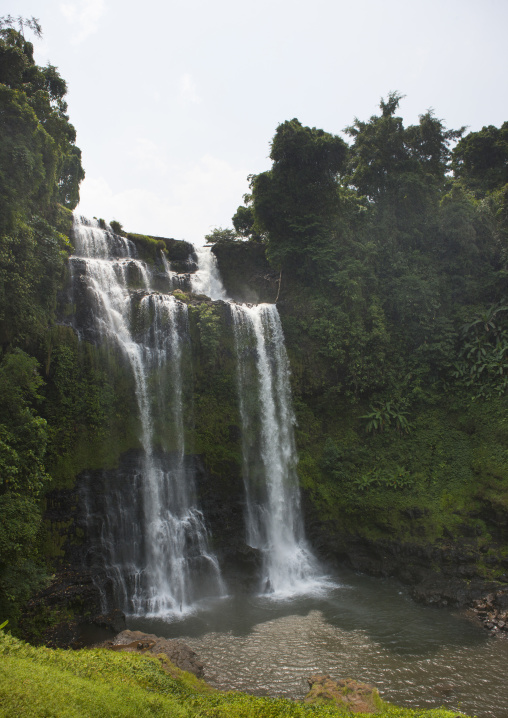 Tad fane waterfall, Boloven, Laos
