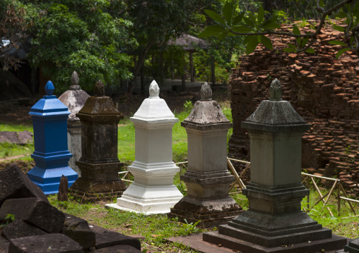 Wat phu khmer temple graves, Champasak, Laos