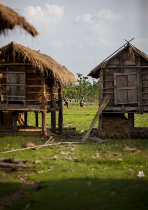Bru minority houses, Phonsaad, Laos