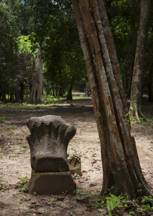 Oumong temple khmer ruins, Ban lak seesip, Laos
