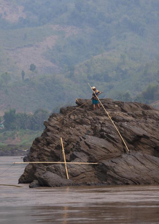 Fishermen on mekong river, Houei xay, Laos