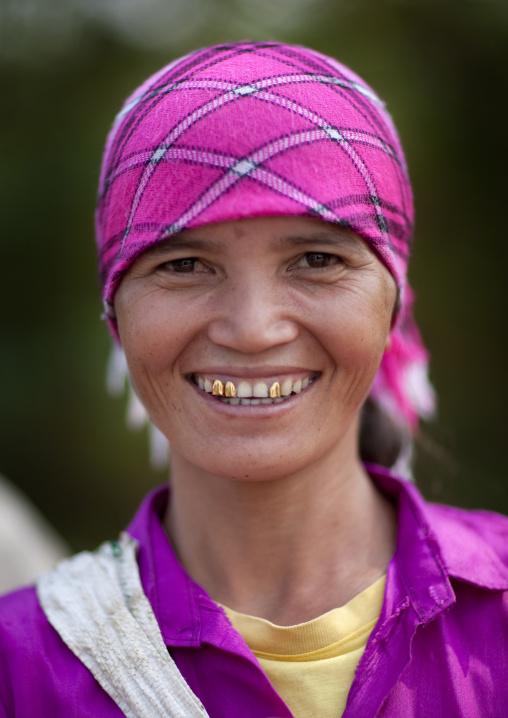 Akha minority woman, Muang sing, Laos