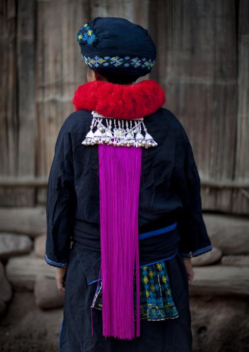 Yao minority woman back, Ban xay leck, Laos